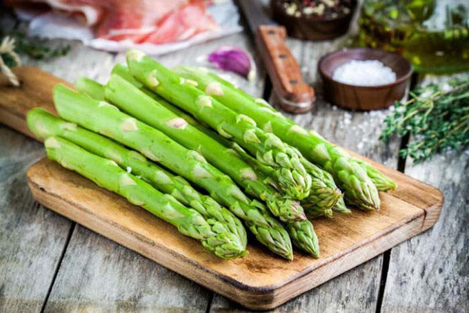 what-does-asparagus-taste-like-1