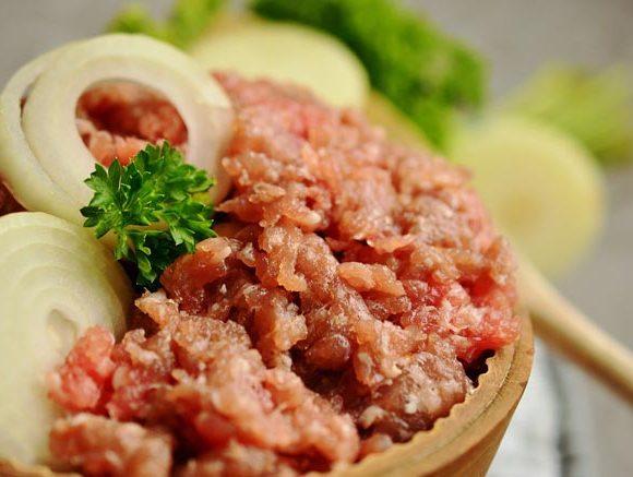 Seasoned meat for martabak filling