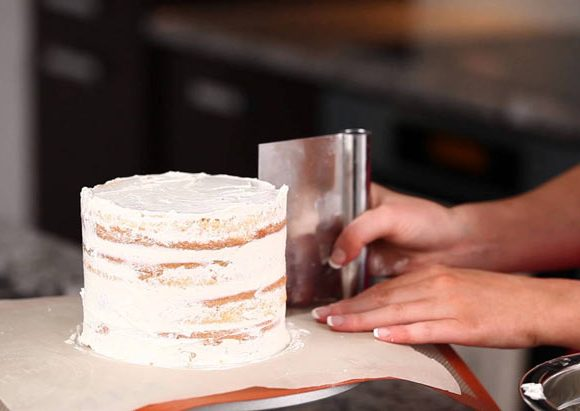 7 TIPS FOR BAKING CAKES PROPERLY